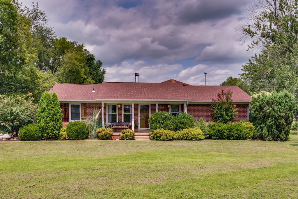 2158 Hampshire Pike, Columbia, TN 38401