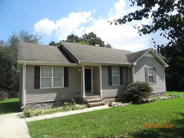 Photo of 326 Willow Way  McMinnville  TN