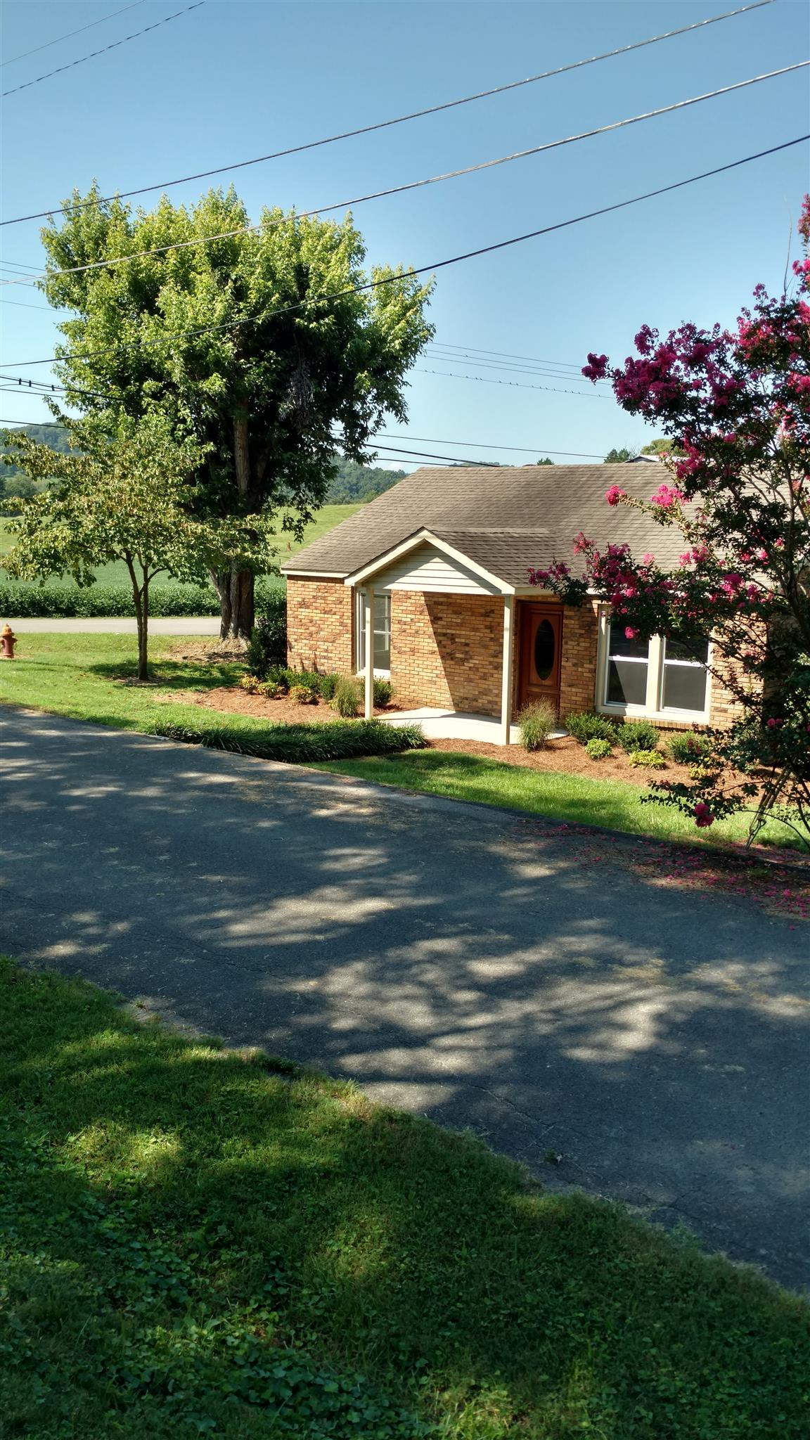 138 Cliffview Dr, Carthage, TN 37030