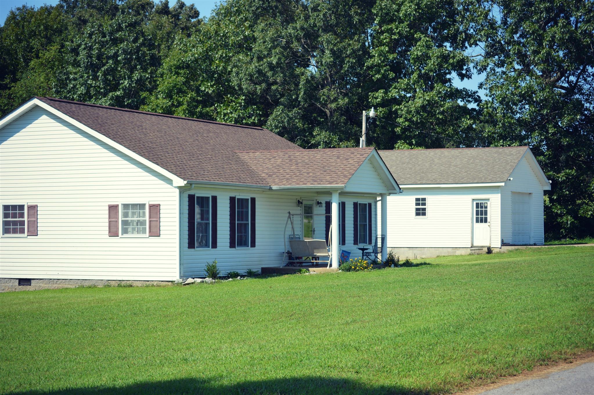 Photo of 55 Old Schoolhouse Ln  Tennessee Ridge  TN