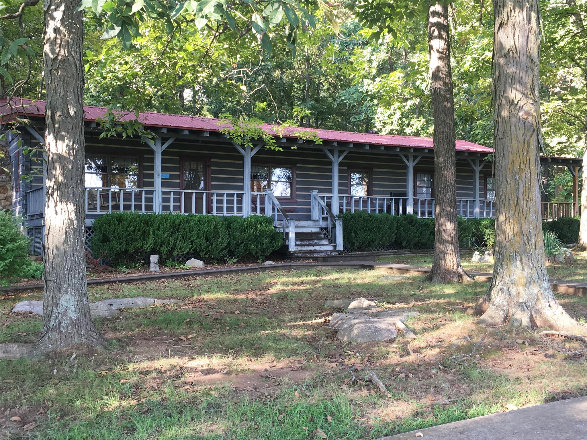 183 Crossview Rd, Cowan, TN 37318