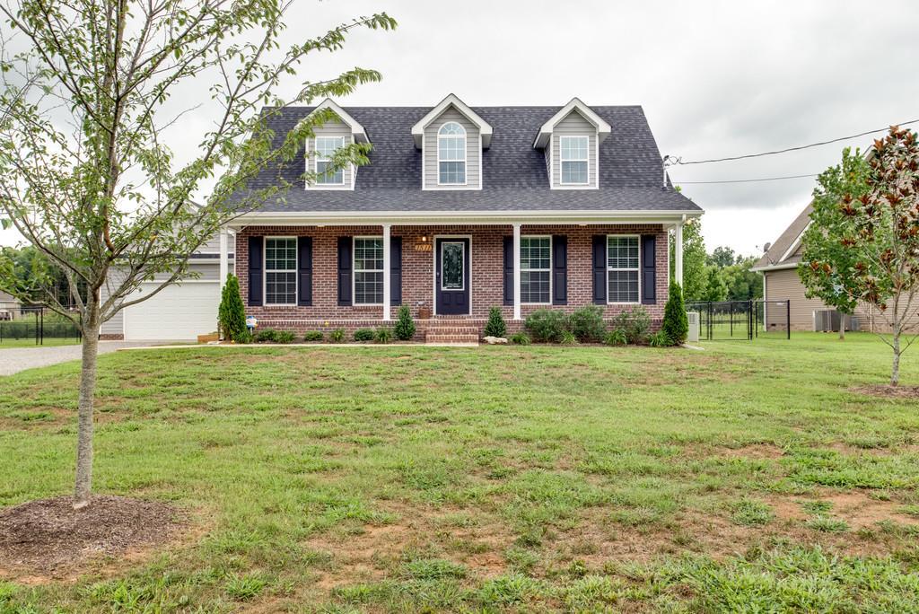 1511 Azalee Ln, Chapel Hill, TN 37034