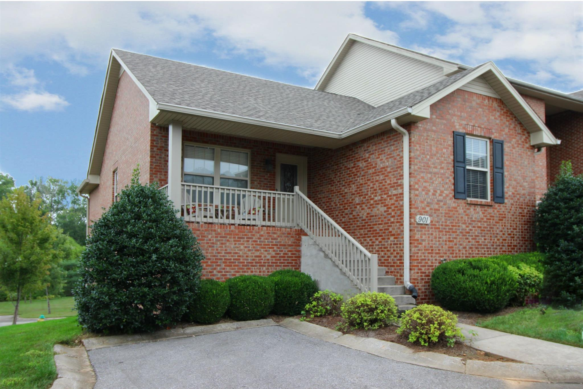 135 Excell Rd # 901, Clarksville, TN 37043