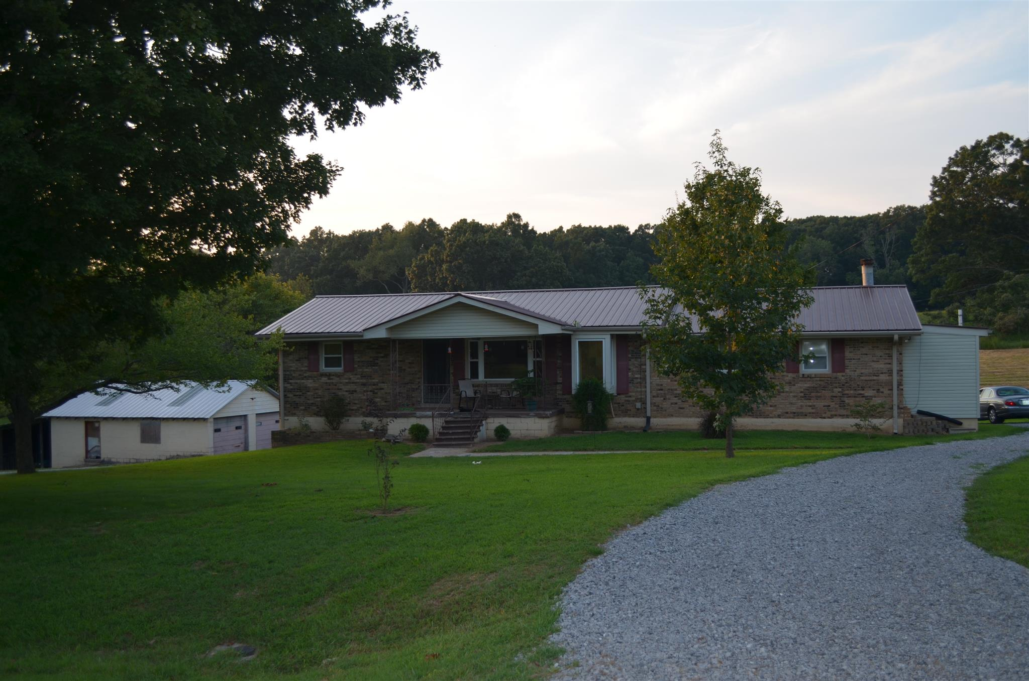 1260 Cedar Creek Rd, Vanleer, TN 37181