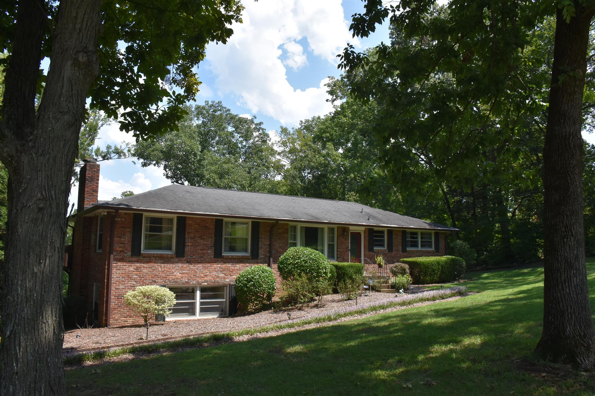 1118 Sparta Rd, Nashville, TN 37205