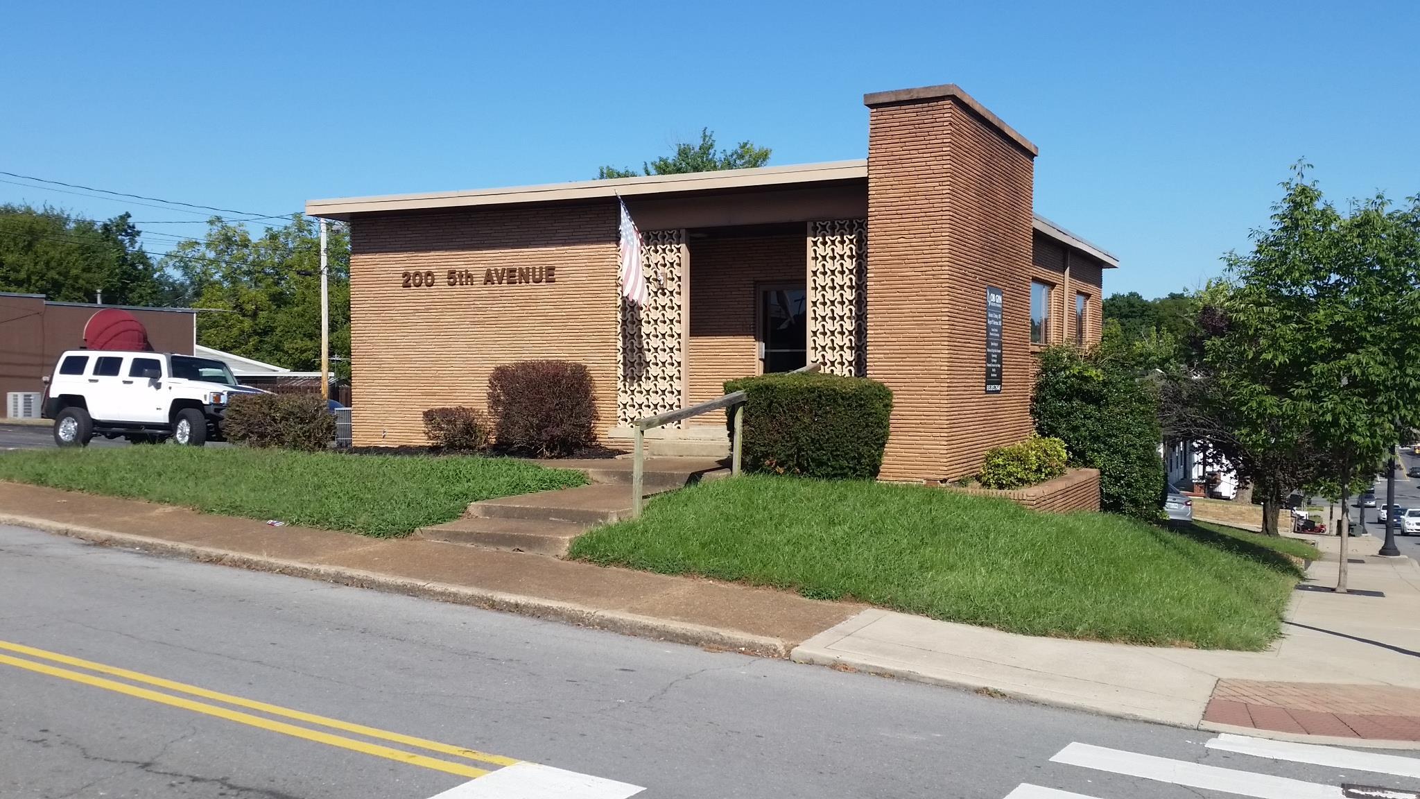 200 5th Ave E, Springfield, TN 37172