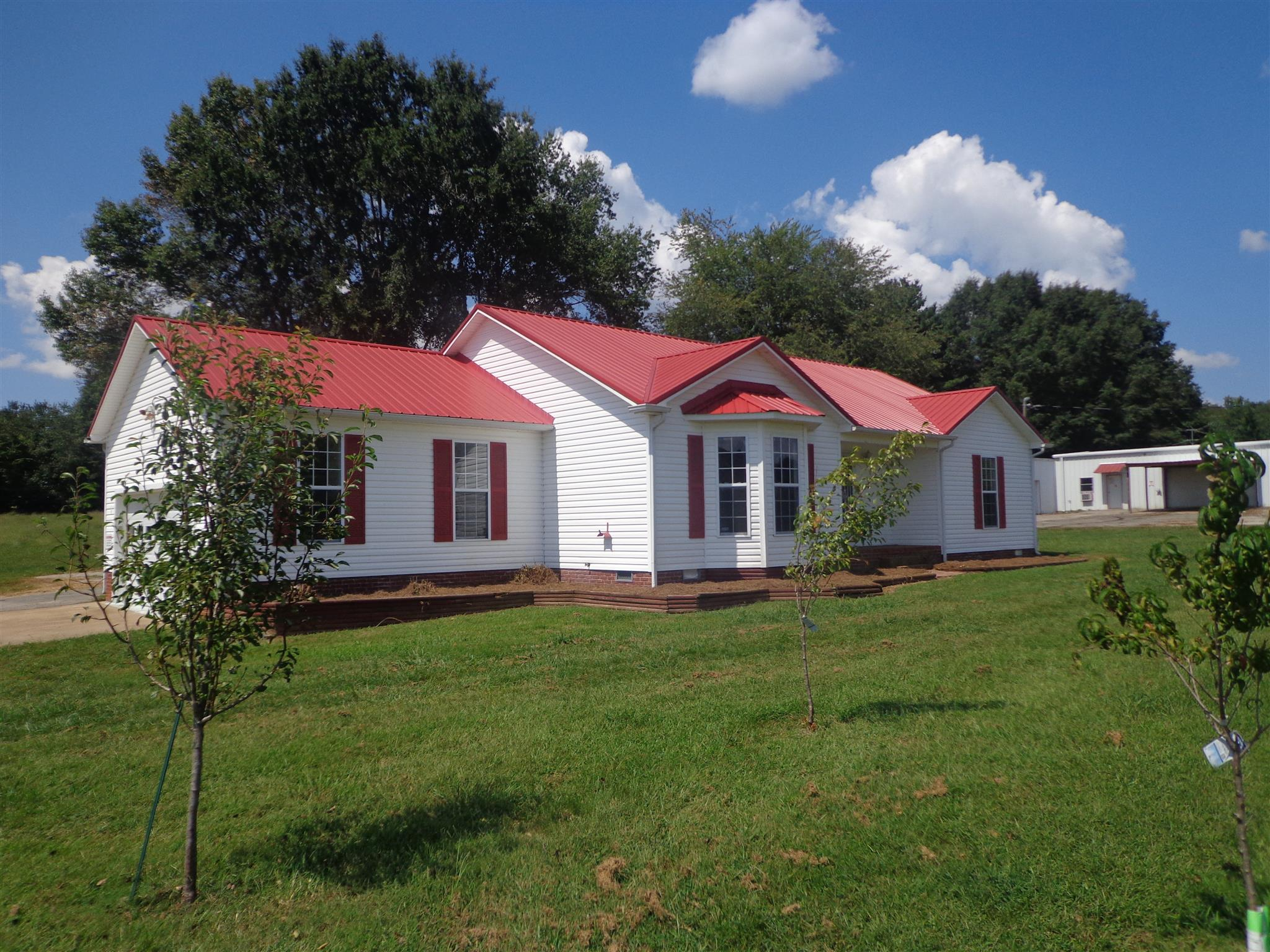 2784 Valley Creek Rd, Culleoka, TN 38451