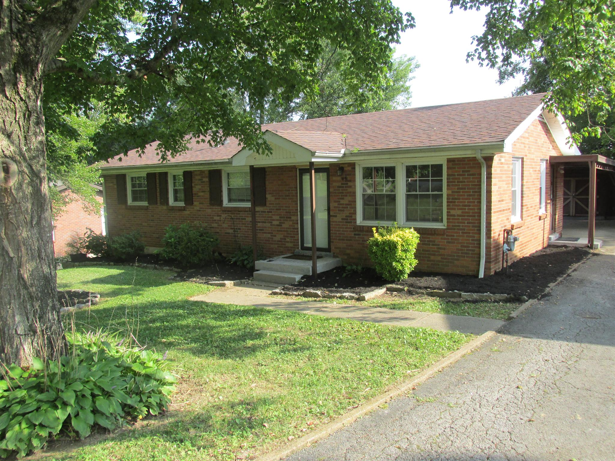Photo of 1446 McCan Dr  Clarksville  TN