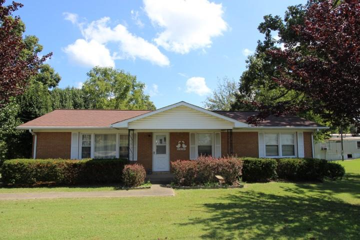 2101 S Main St, Tennessee Ridge, TN 37178