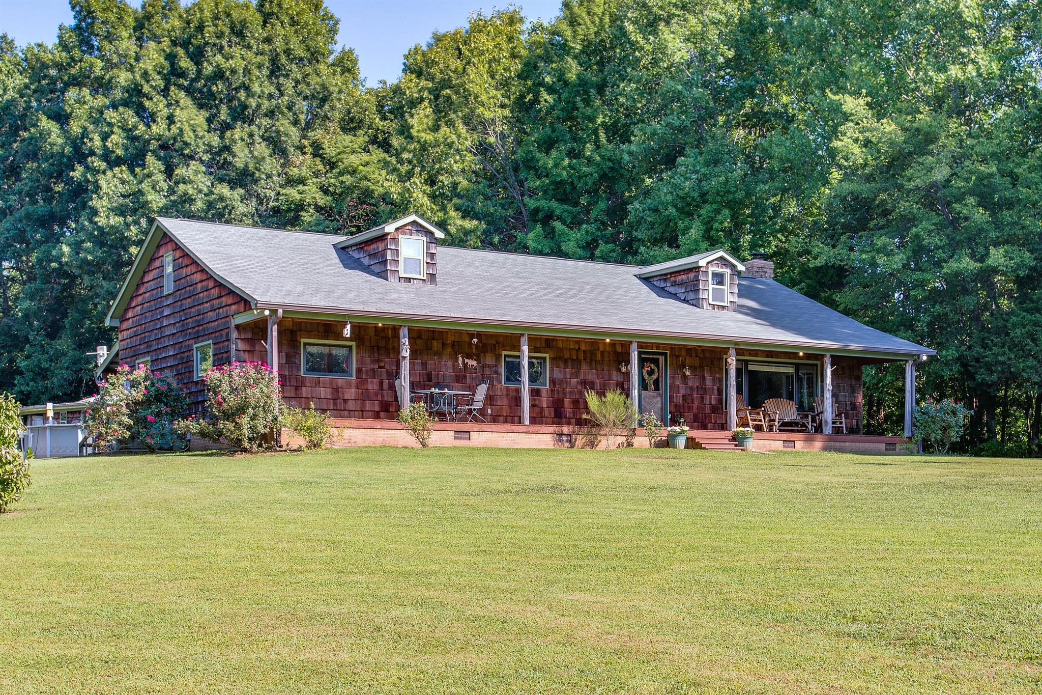 2657 Winding Way Rd, Culleoka, TN 38451