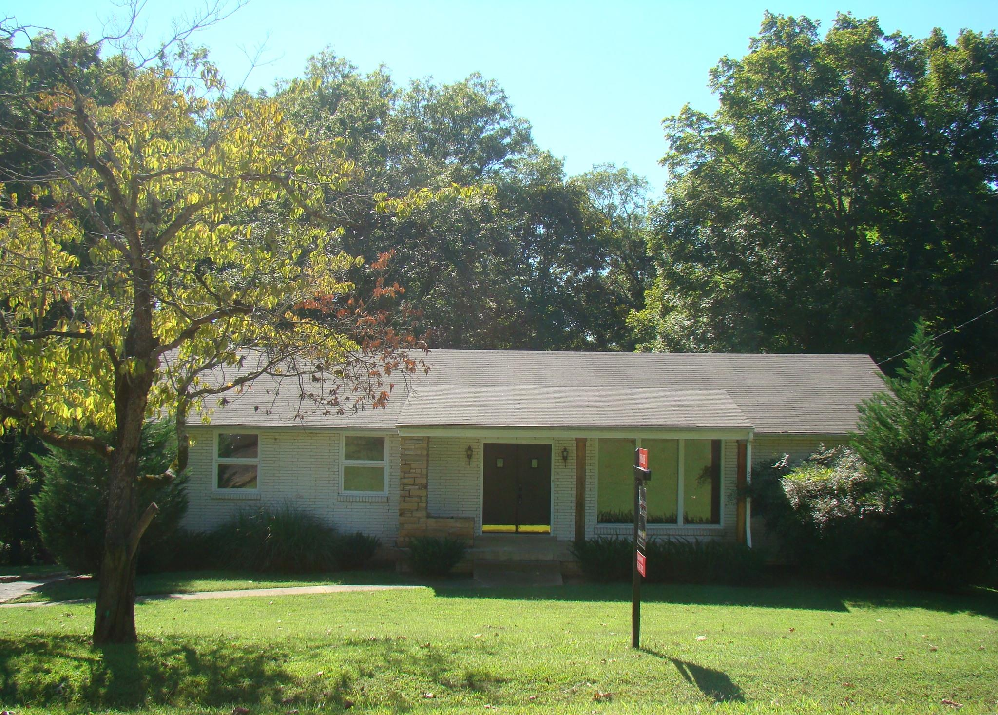 Photo of 104 Nan Drive  Hendersonville  TN