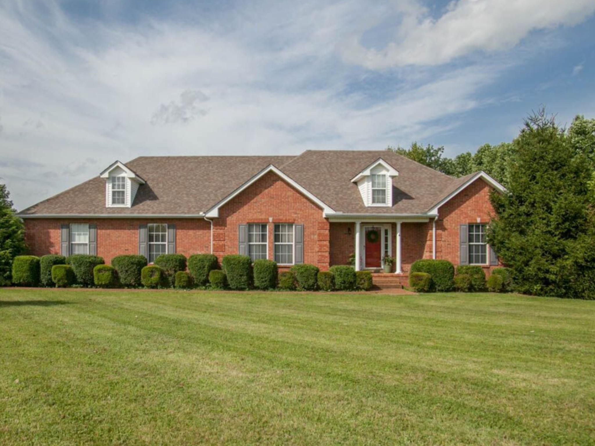 8972 Cedar Grove Rd, Cross Plains, TN 37049