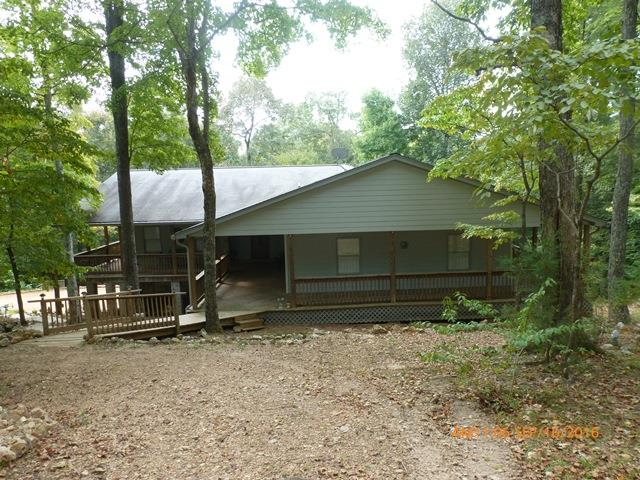 3270 Luther Ragan Rd, Palmyra, TN 37142