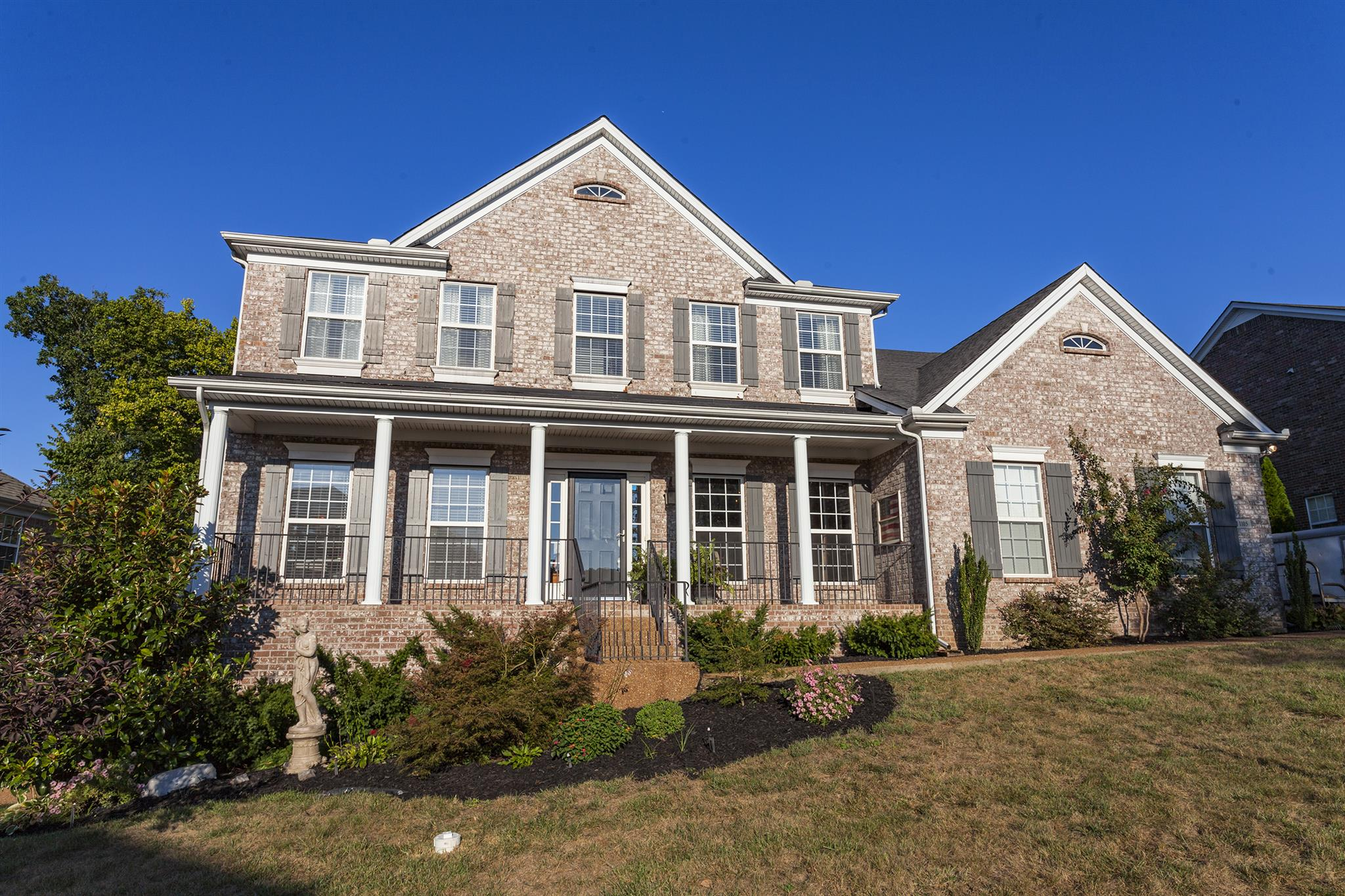 Photo of 1105 Banbury Ln  Brentwood  TN