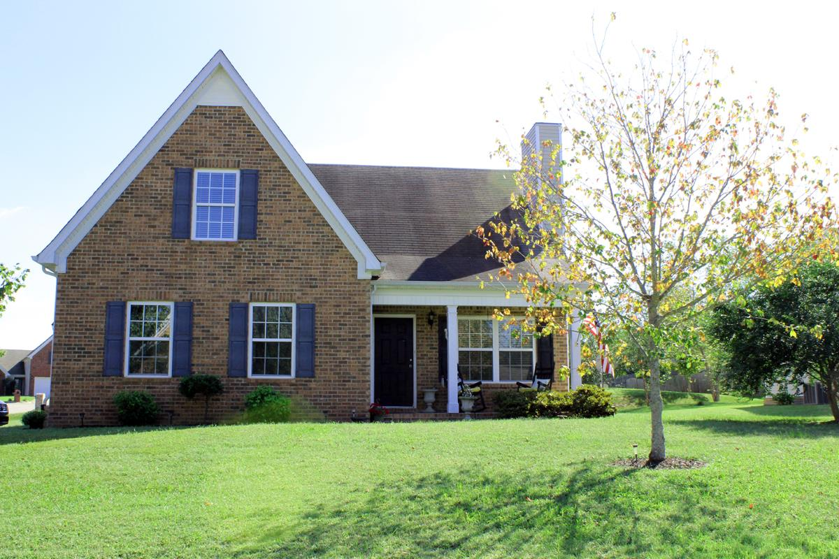 4000 Pennick Ct, Spring Hill, TN 37174