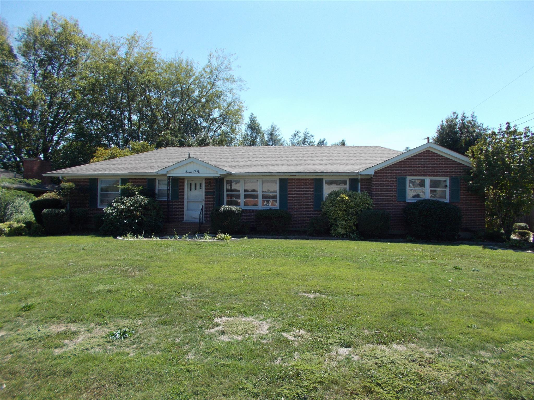 701 2nd St, Lawrenceburg, TN 38464