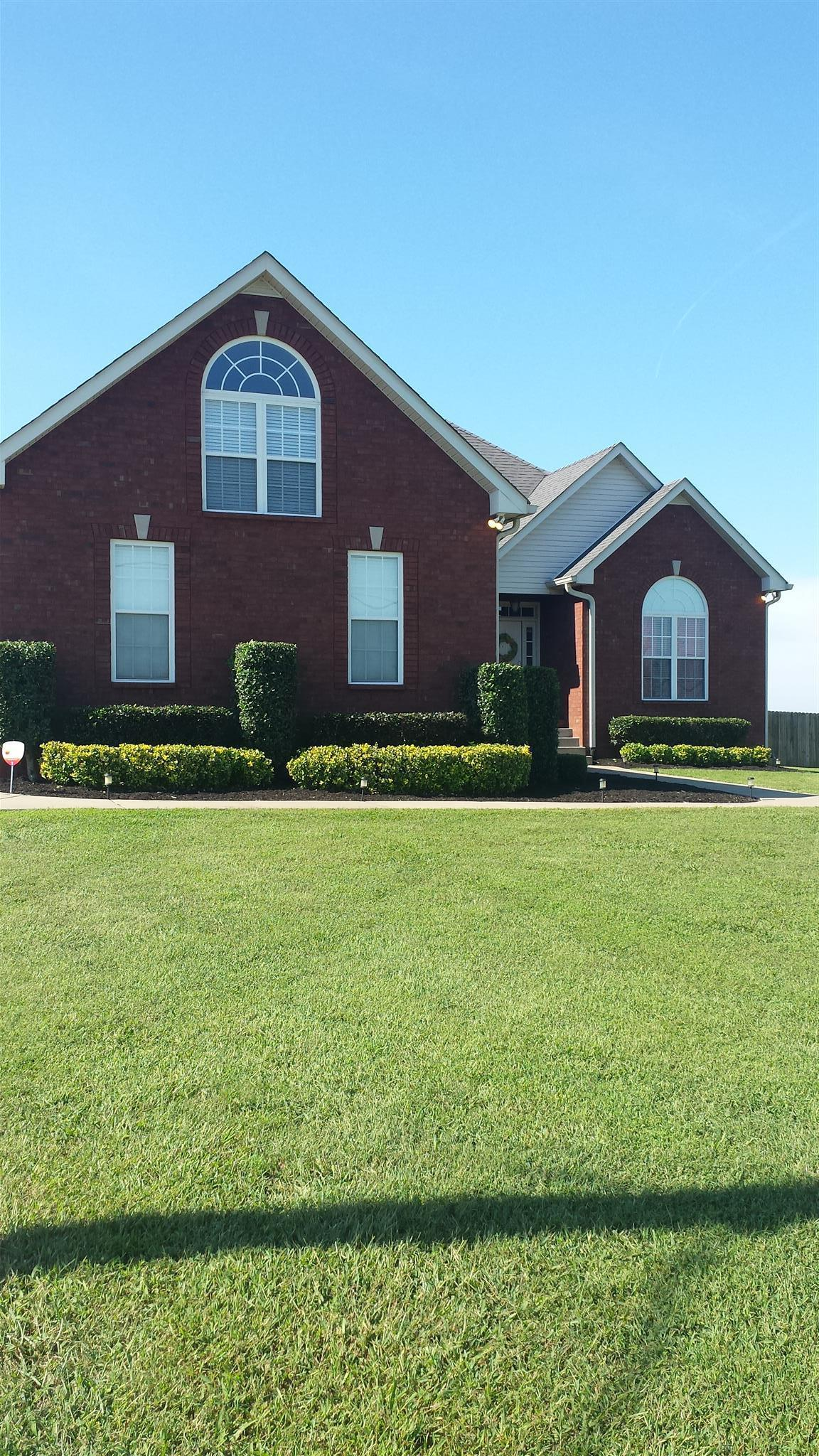 1058 Luton Way, White House, TN 37188