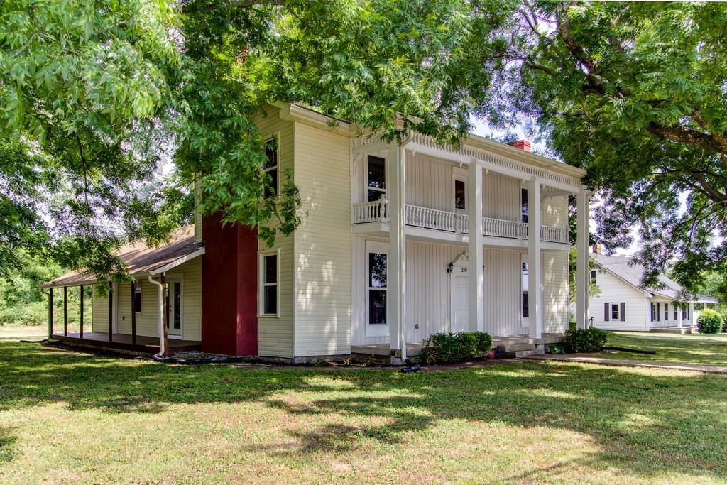 320 S Main St, Cornersville, TN 37047