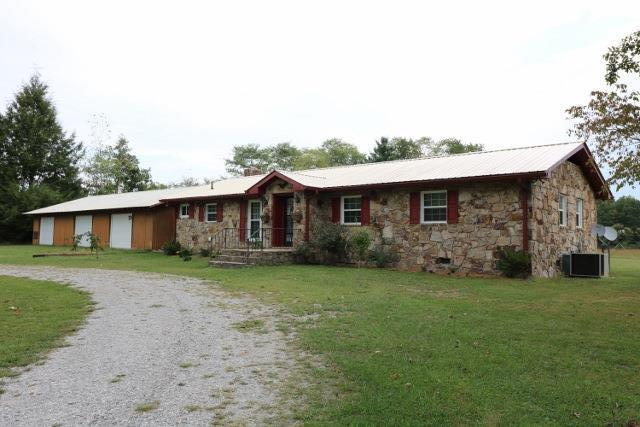 1414 Trussell Rd, Monteagle, TN 37356
