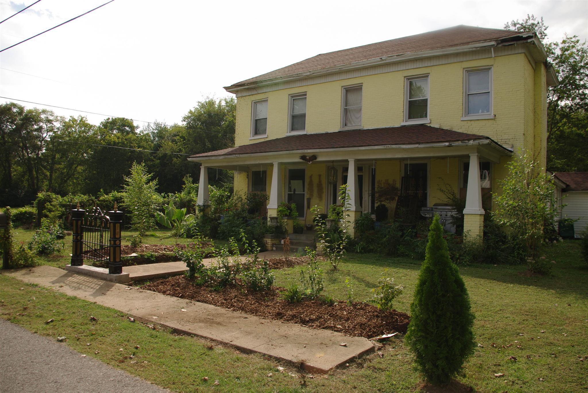 412 Beech St, Clarksville, TN 37042