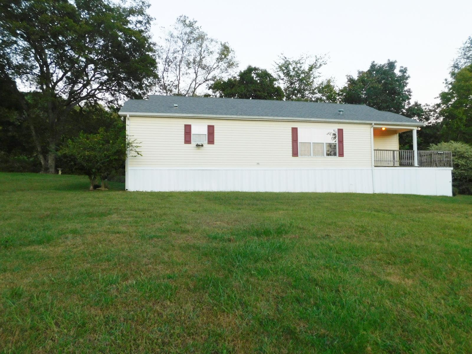 4790 Dry Fork Rd, Hampshire, TN 38461