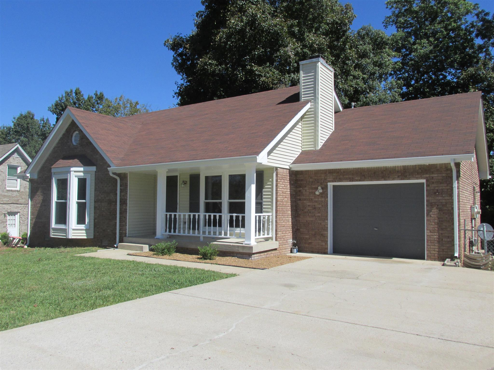1153 Woodbridge Dr, Clarksville, TN 37042