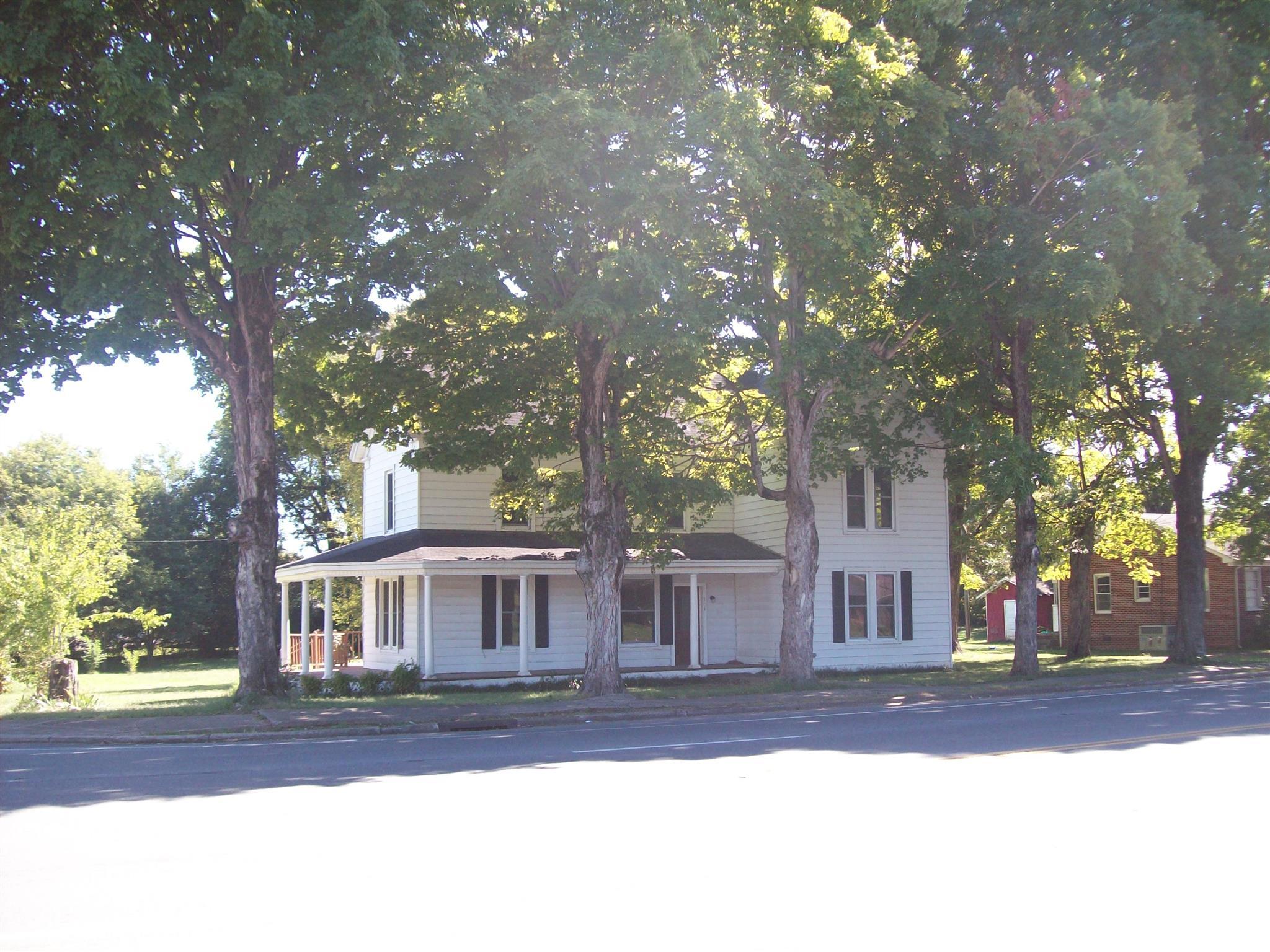 501 W Main St, Decherd, TN 37324