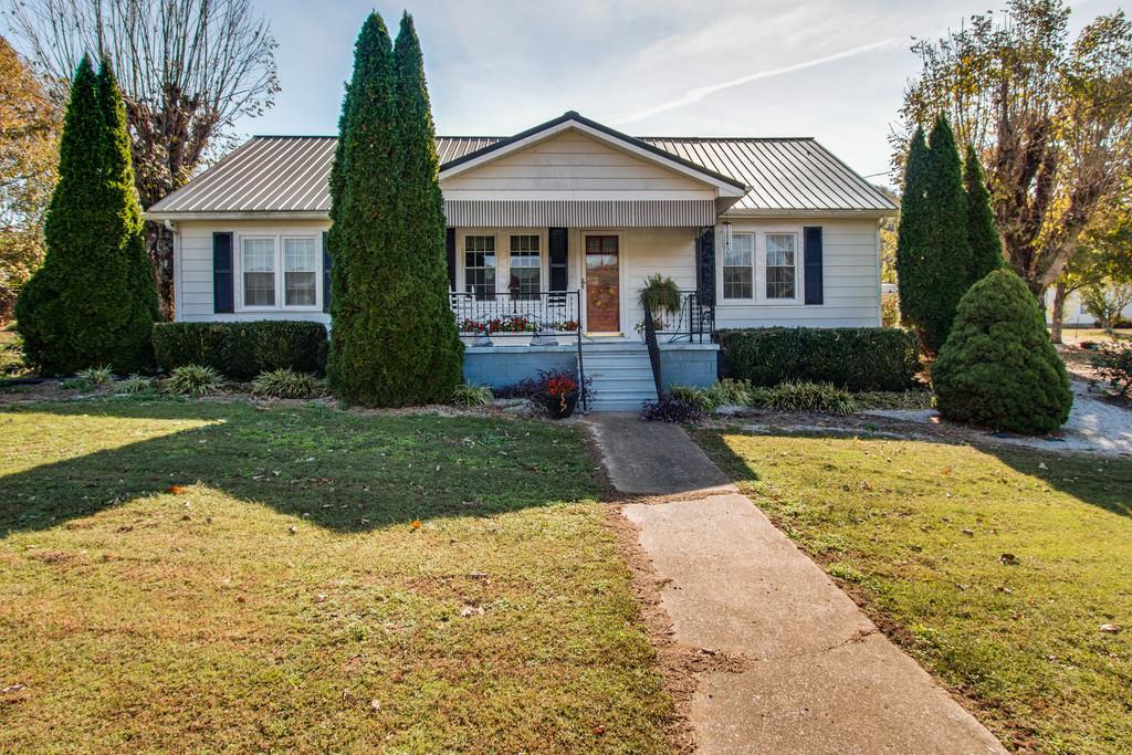 6631 Hartsville Rd, Dixon Springs, TN 37057