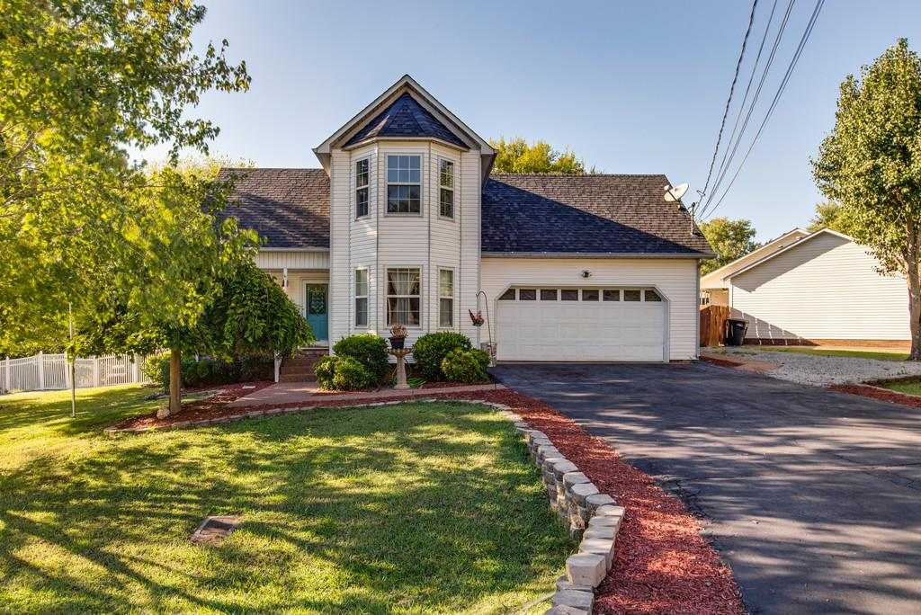 Photo of 107 Green Vale Dr  Columbia  TN
