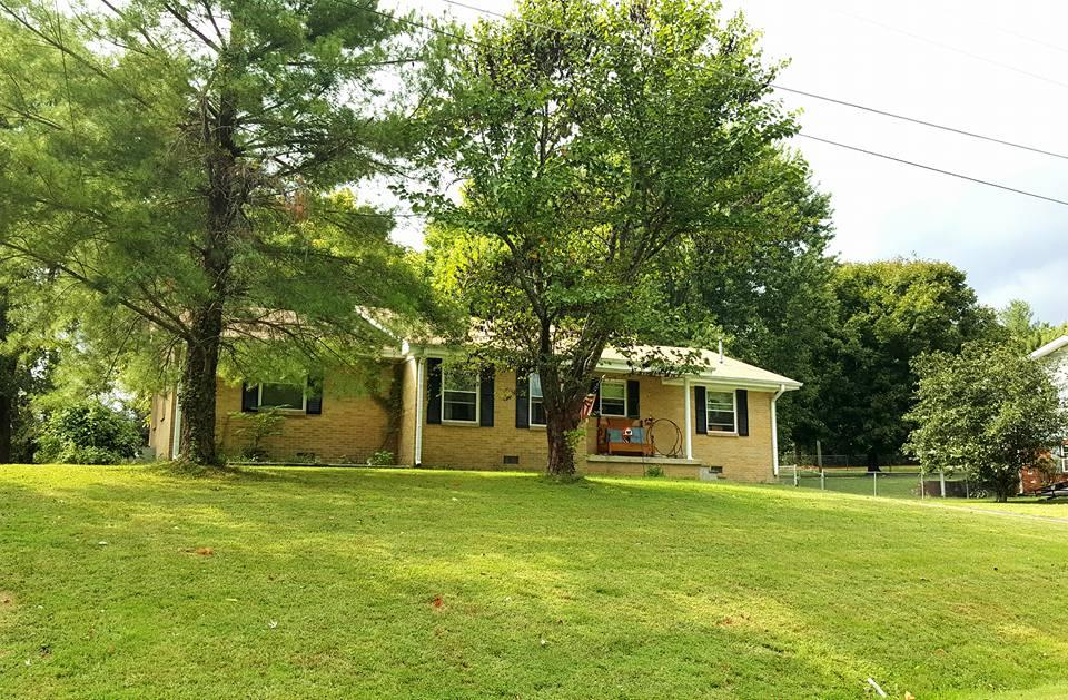 Photo of 202 Dogwood Ave  Hartsville  TN