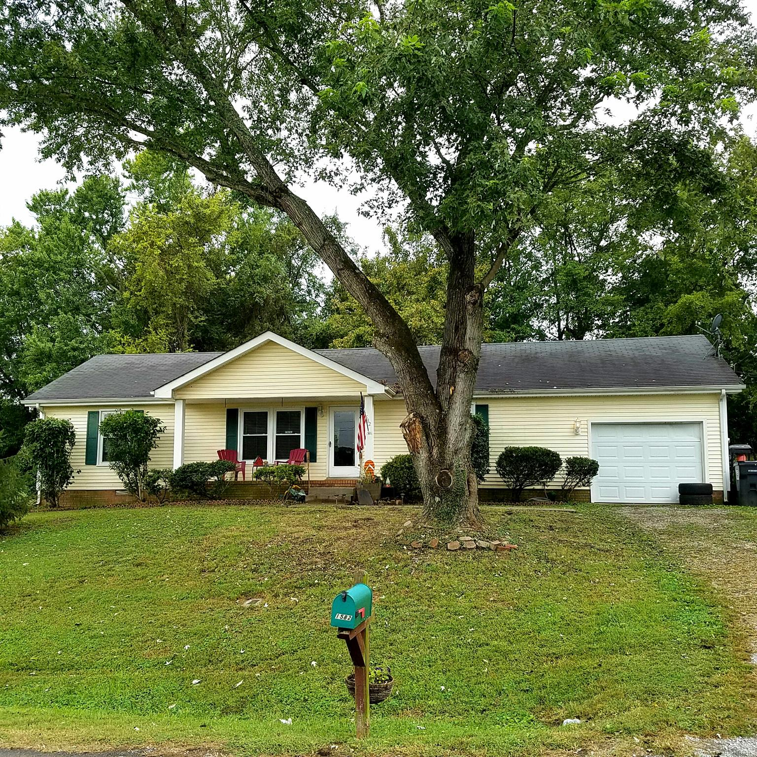 Photo of 1582 Barrett Dr  Clarksville  TN