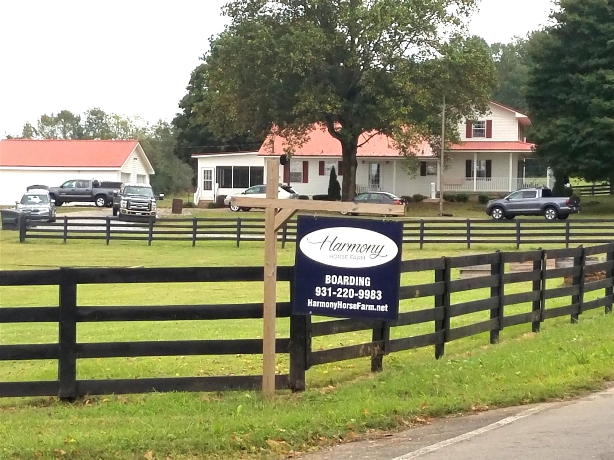 3799 Harmony Church Rd, Adams, TN 37010