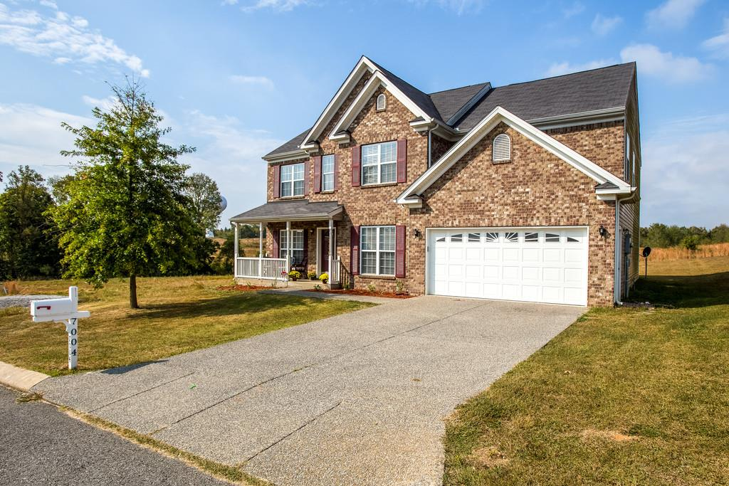 7004 Cannonade Ct, Spring Hill, TN 37174
