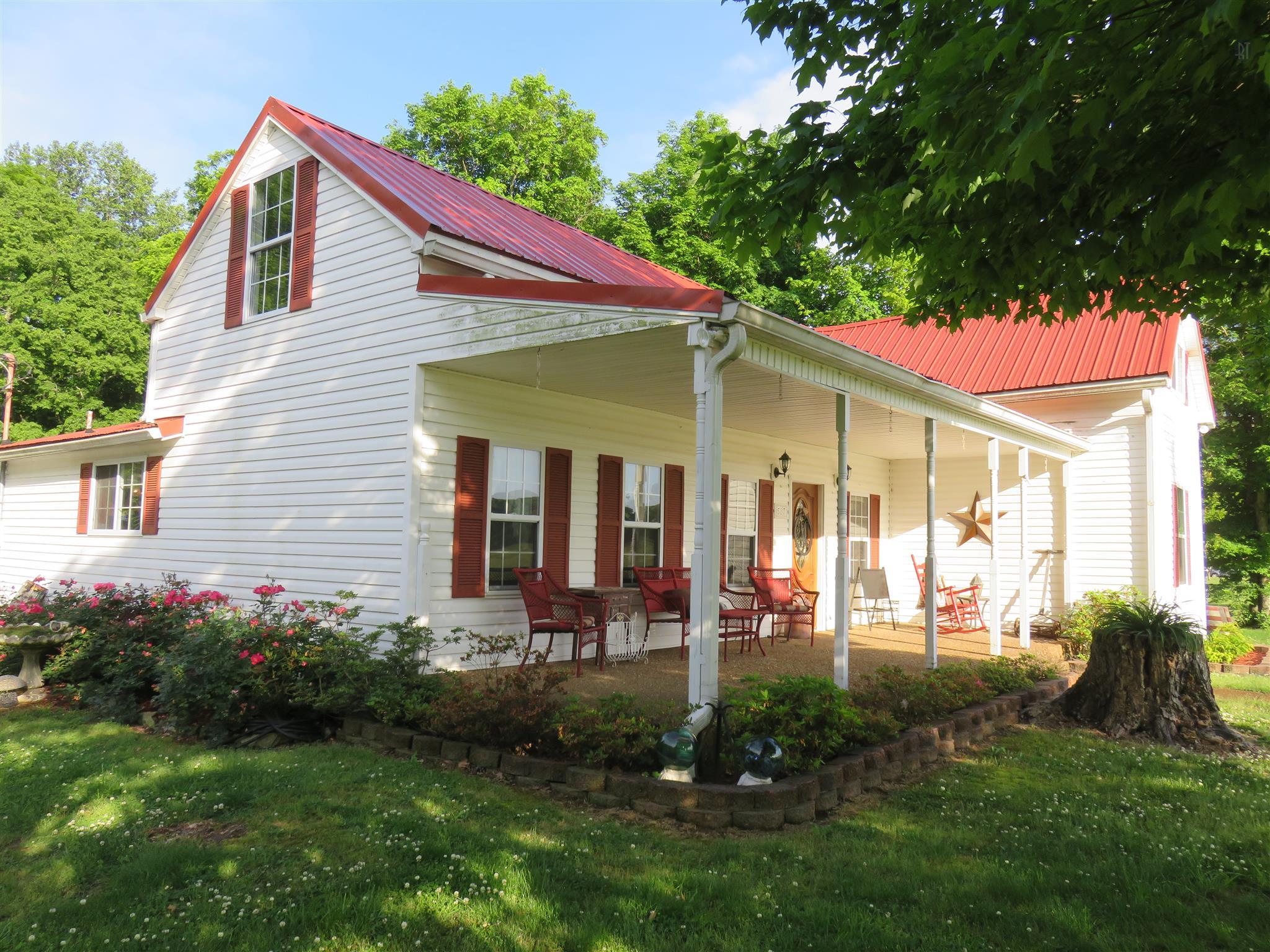 Photo of 587 Shun Pike  Cottontown  TN