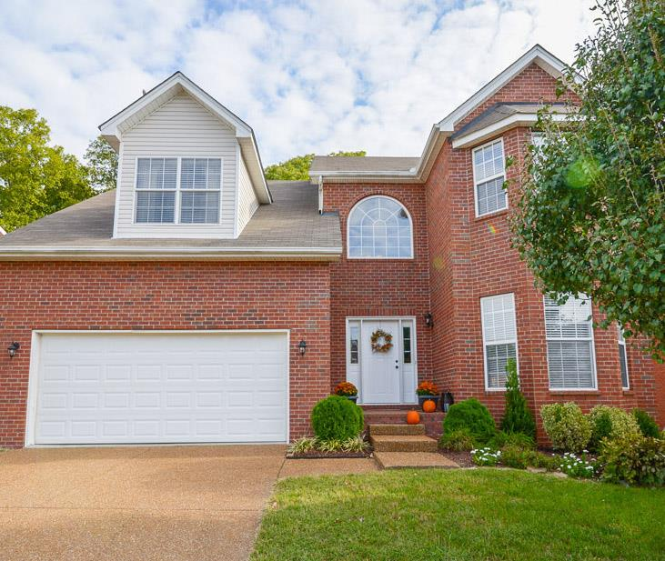 Photo of 6872 Scarlet Ridge Dr  Brentwood  TN