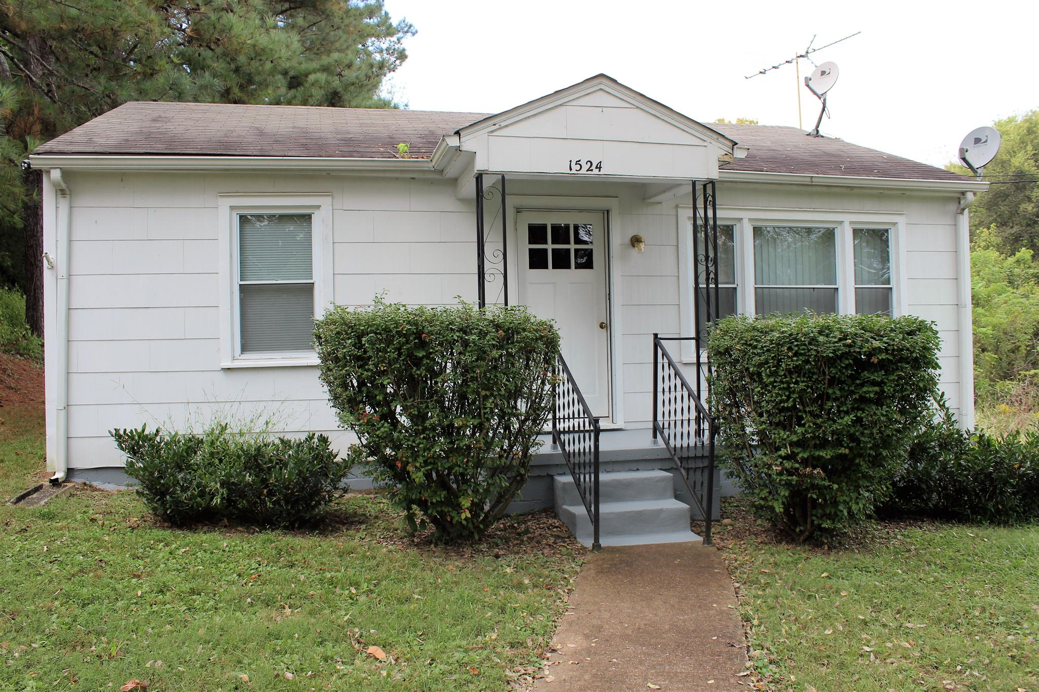 Photo of 1524 River Rd  Clarksville  TN