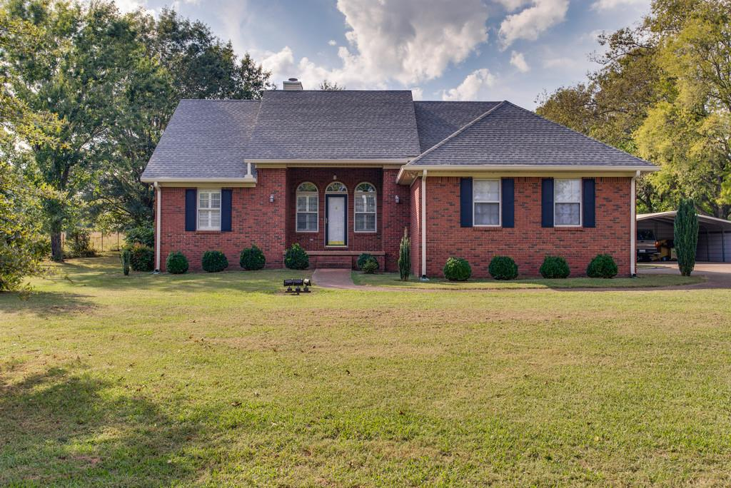 1720 Ricketts Mill Rd, Mount Pleasant, TN 38474