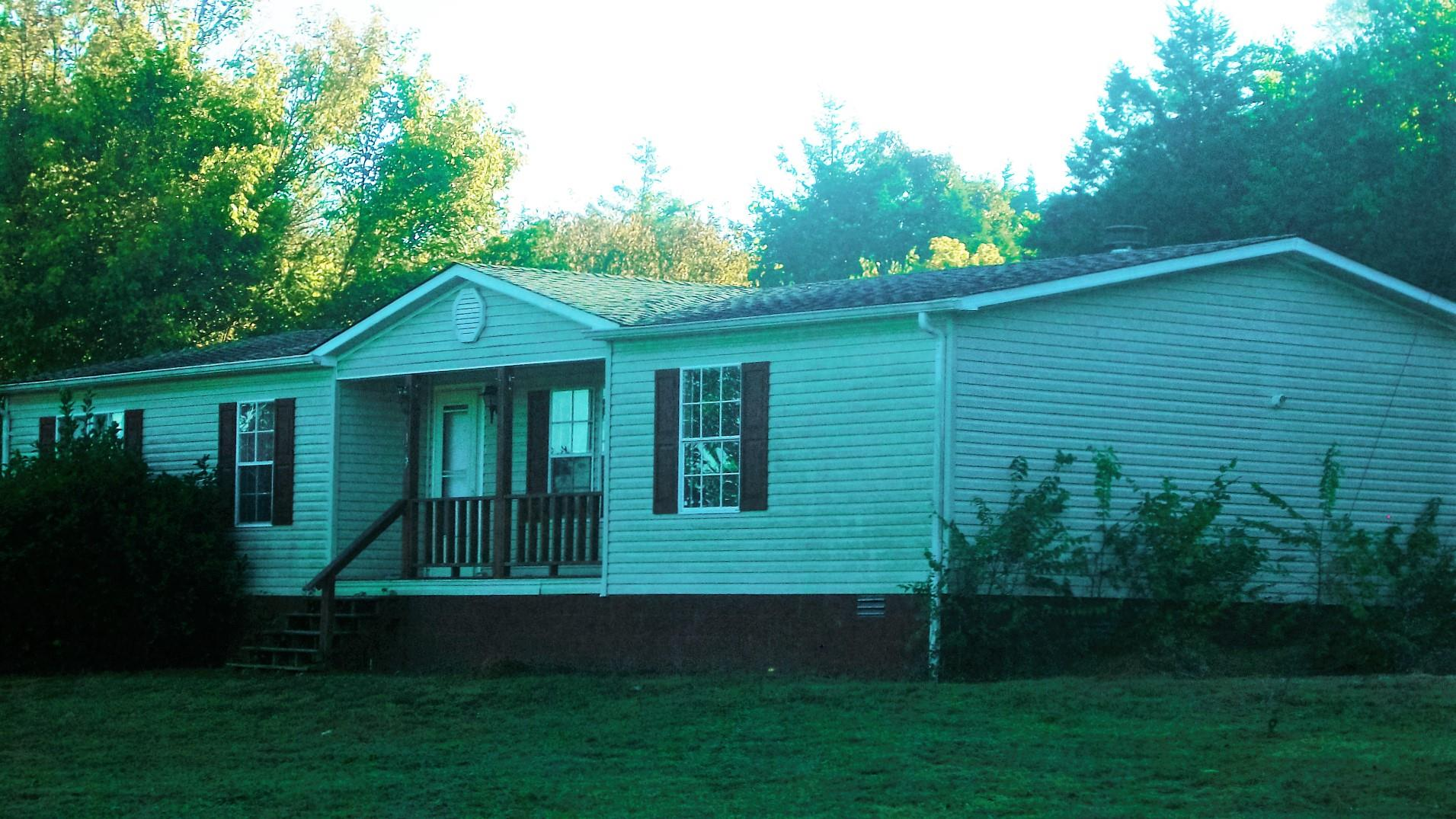 Photo of 133 Cedar Bend Rd  Beechgrove  TN