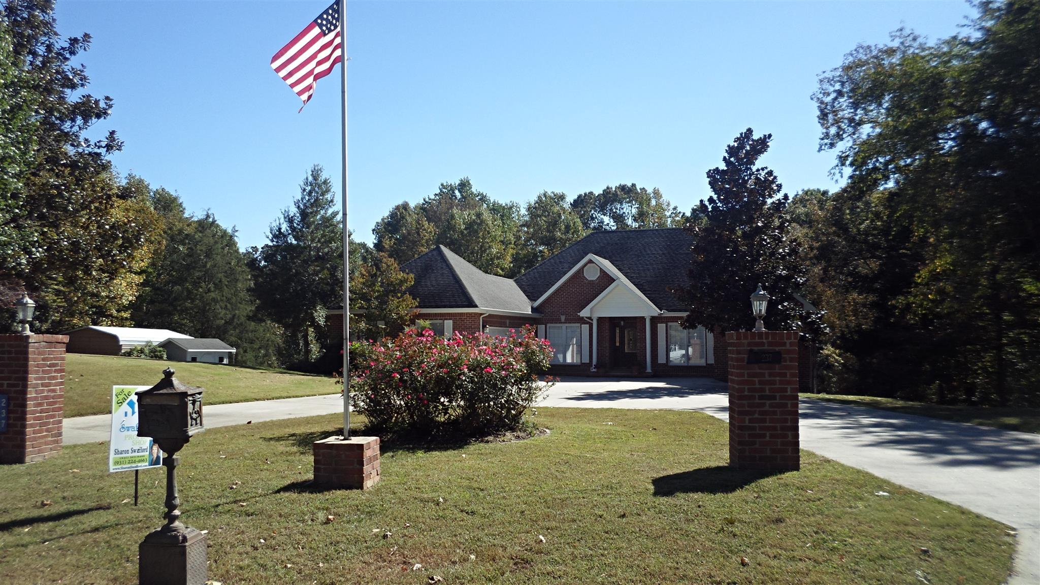 Photo of 237 Ravine Dr  Winchester  TN