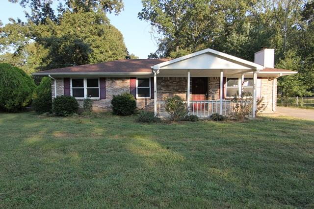 529 Roselawn Dr, Clarksville in Montgomery County County, TN 37042 Home for Sale