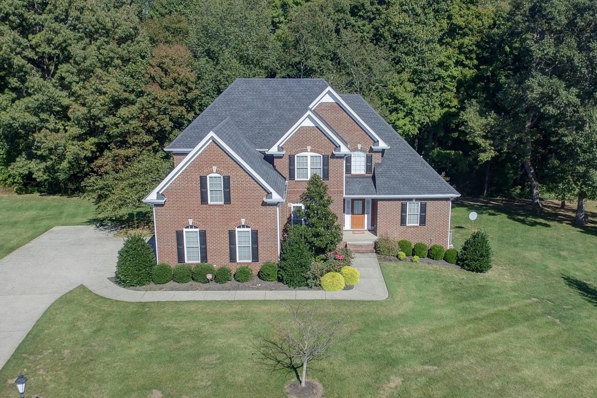 1144 Keystone Dr, Pleasant View, TN 37146