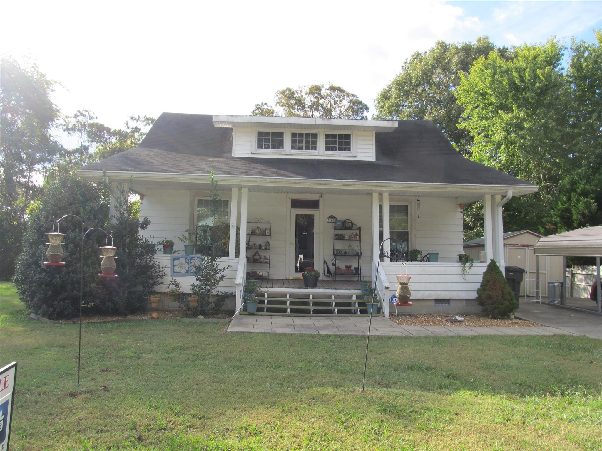 102 Cedar St, Dover, TN 37058