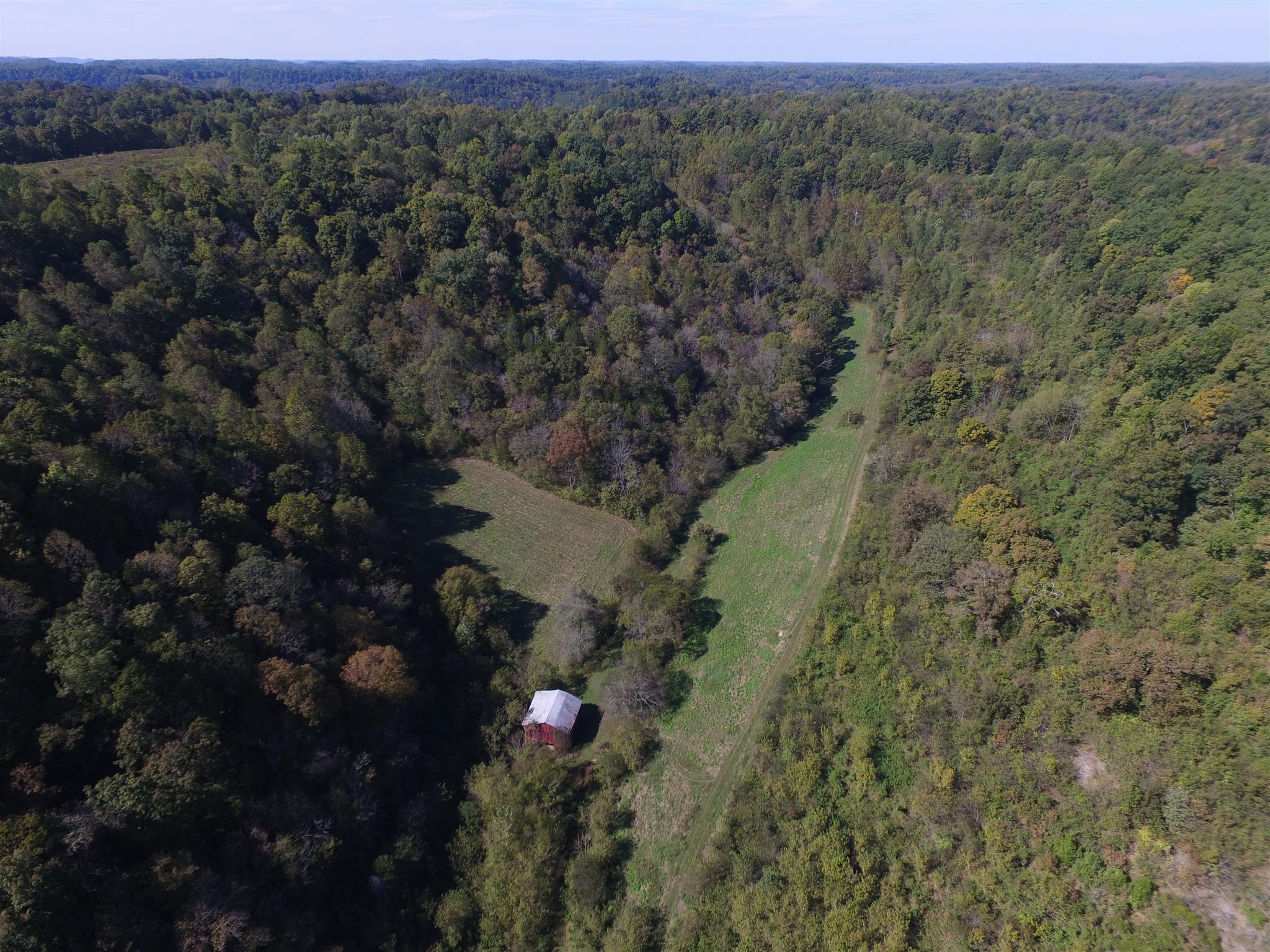 315 Little Creek Rd, Pleasant Shade, TN 37145