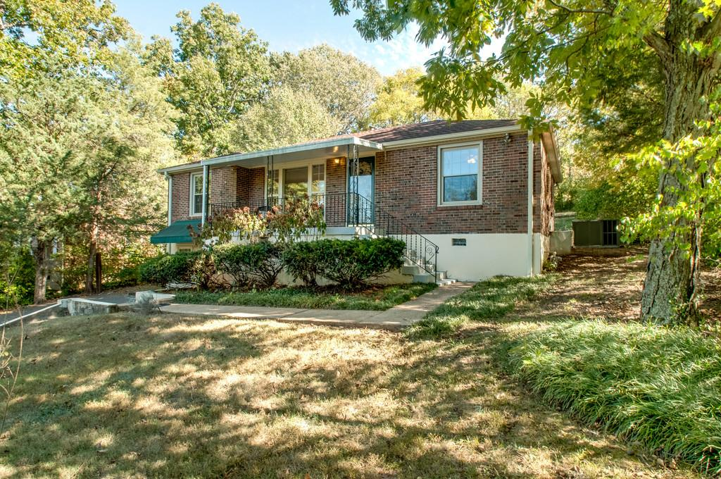 Photo of 5709 Vine Ridge Dr  Nashville  TN