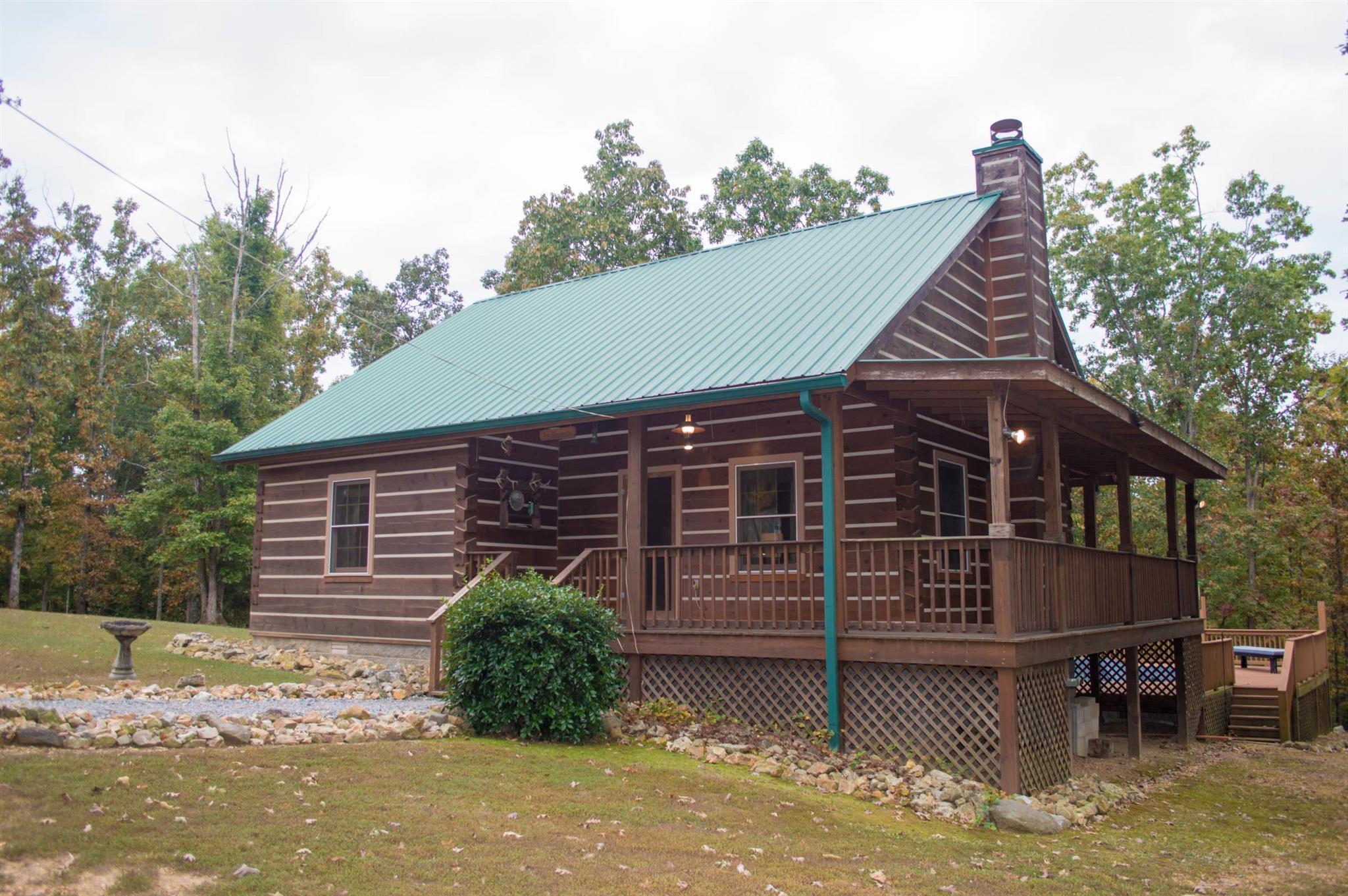 2764 E Sugar Creek Rd, Mc Ewen, TN 37101