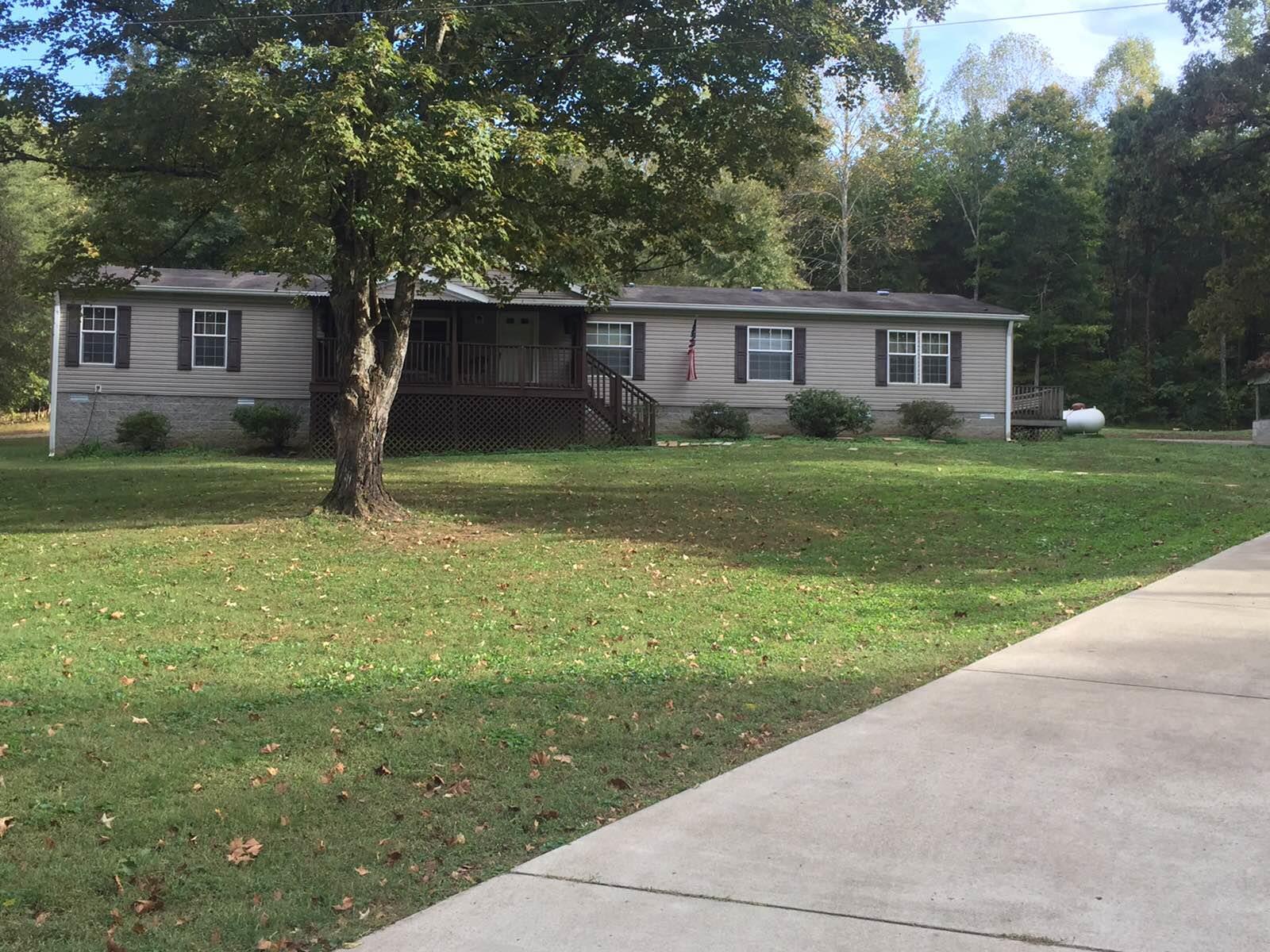 3063 Sweethome Rd, Chapmansboro, TN 37035