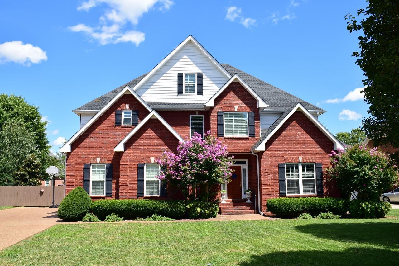 1311 Bayberry Ct, Murfreesboro, TN 37130