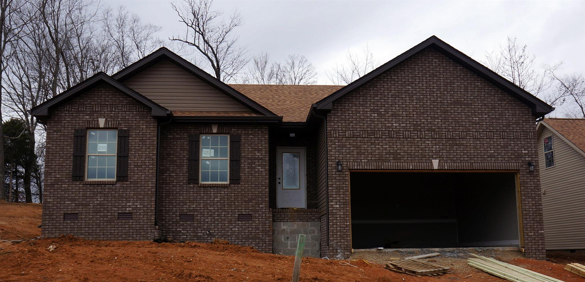 220 Autumn Creek, Clarksville in Montgomery County County, TN 37042 Home for Sale