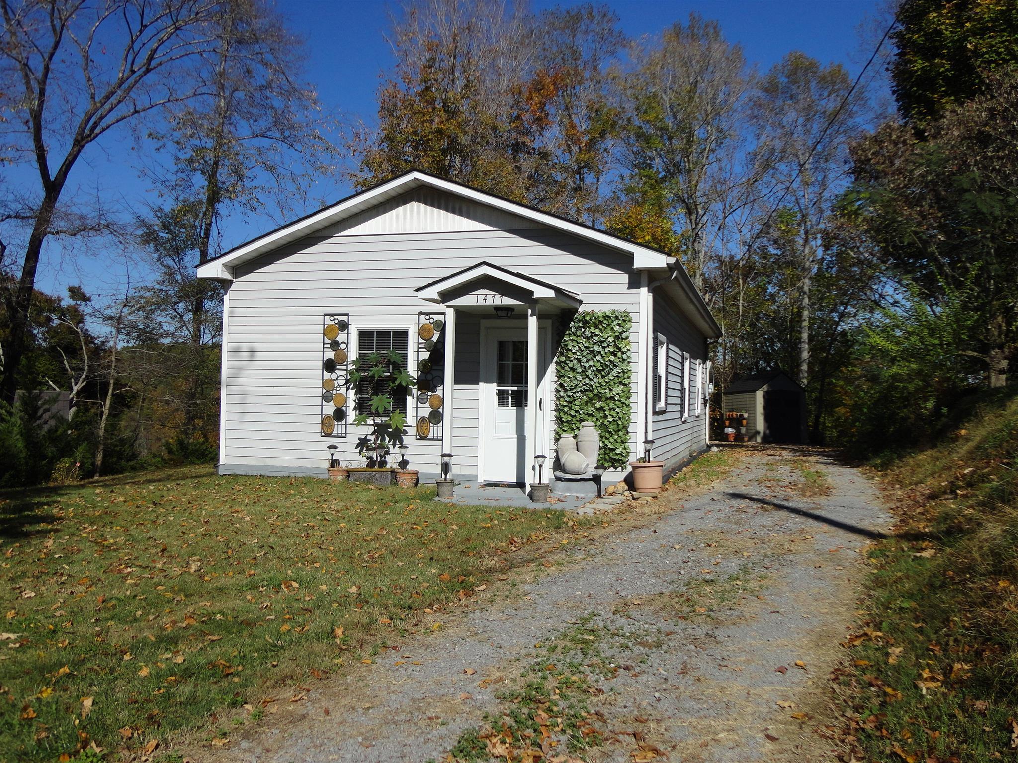 Photo of 1477 Puckett Point Rd  Smithville  TN