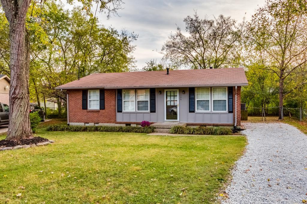Photo of 106 Cline Ct  Hendersonville  TN
